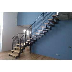 Купить лестницу на второй этаж СПб